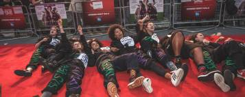 how-feminist-protesters-invaded-the-red-carpet-premiere-of-suffragette-1444312054
